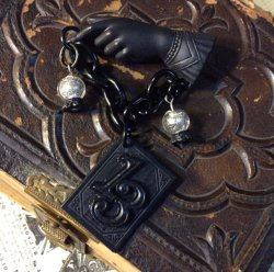 画像2: CHARCOAL DESIGNS Good Luck - Fortune Teller Brooch