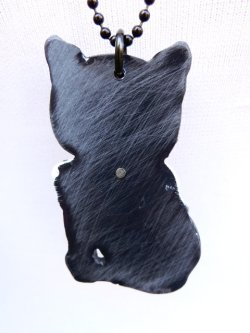 画像2: CHARCOAL DESIGNS Black Black Retro Cat  Necklace