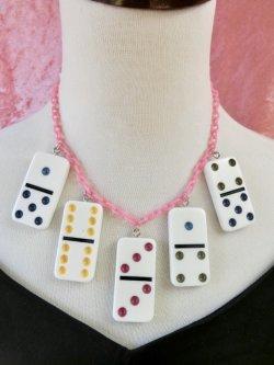 画像1: Dominoネックレス White×Pinkチェーン